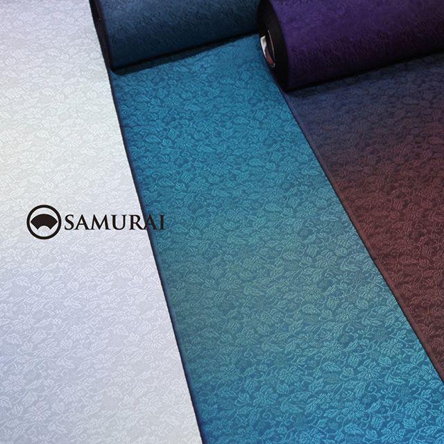 9月23日〜9月30日開催「男極め術 羽織編」で販売するイチオシ商品です。.今回特別にご用意したオリジナル地紋入りの生地をえらんで、お好みの色をぼかし染めすれば、貴方だけの羽織が仕上がります。.えらべる生地+ぼかし染めの羽織¥280,000(税別)