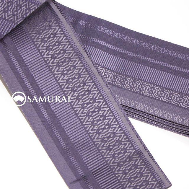 本日、28日いよいよ最終日。「SAMURAI祭」開催中のSAMURAI銀座本店です。美しくて締めやすい、博多織の新作角帯もありますよ。 「男の冬じたく」をテーマに、十日町紬の新作から羽織、袴、新作角帯、コートなどなど、冬アイテムを取り揃えて、ご来場をお待ちしております。袴をお求めの方には、袴の付け方も無料でレクチャーいたします。この冬、男きものデビュー、袴デビューしてみませんか?.「SAMURAI祭〜男の冬じたく編」11月21日〜11月28日(水曜定休)11:00〜18:00 開催#samurai #男着物 #着物 #和服 #紬 #十日町紬 #角帯 #帯 #袴 #米沢紬 #大島紬 #着物コート #和装小物 #kimono