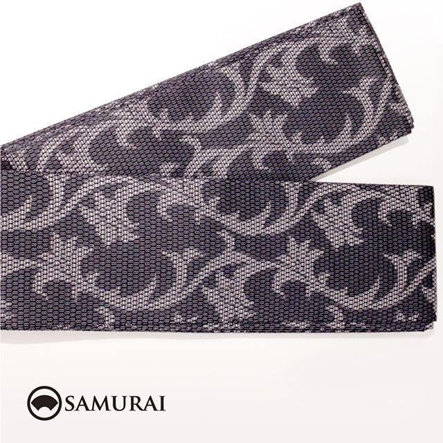 .黒地に唐花の模様が華やかな西陣織の角帯です。角帯「西陣帯 黒地唐花」各¥75,000(税別)#samurai #角帯 #西陣織 #男着物 #kimono #obi #きもの #着物 #浴衣 #銀座
