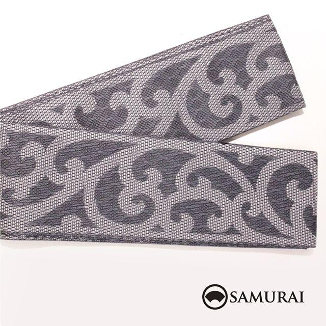 .ダークグレーの地に大きな唐草が男前な西陣織の角帯です。角帯「西陣帯 唐草(グレー)」各¥75,000(税別)#samurai #角帯 #西陣織 #男着物 #kimono #obi #きもの #着物 #浴衣 #銀座