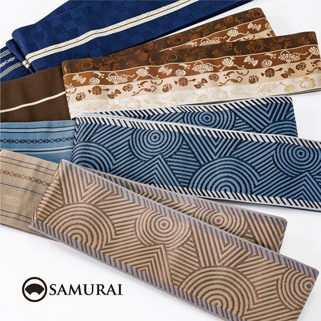 .SAMURAIの夏物シリーズ「風魔」よりオールシーズン対応の博多帯です。今年は、夏きものとセットでご購入いただくと、帯代が¥10,000でとてもお得です。色柄共に沢山のなかから選べますので、ぜひ店頭でご覧ください。・絹糸をふんだんに使って織られる博多帯は、艶があり、締めやすく、丈夫で長持ち。一度締めれば、重い刀を差しても着崩れないと、武士たちが広く愛用しました。.男きもの専門店SAMURAIでは、株式会社はかた匠工芸がメインプロダクトを担い、伝統工芸士をはじめとする博多織の匠たちが、777年受け継がれた博多織の伝統と現代の洒落感を活かし、今の博多帯を創り出しています。.「風魔/オールシーズン帯」 ¥18,000(税別) ※風魔きものとセットの場合¥10,000(税別)#samurai #博多帯 #角帯 #博多献上 #博多織 #はかた匠工芸 #hakataobi #hakataori #男着物 #浴衣 #着物 #父の日 #銀座 #tokyo #japan